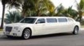 Si reserva una Limosina o Van en Cancun en Cancun, Quintana Roo