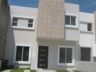 EXCELENTE CASA EN VENTA EN REAL DEL VALLE C0T0 13 en Mazatlán, Sinaloa