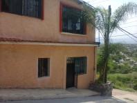 SE VENDE CASA EXCELENTE UBICACION POSIBLE CAMBIO en XOCHITEPEC, Morelos