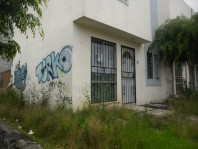 CASA EN VENTA DE DOS NIVELES SIN GRAVAMEN. en Morelia, Michoacán de Ocampo