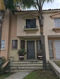 Excelente y bien ubicada casa en VENTA, atrás del en Zapopan, Jalisco