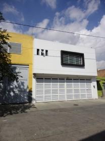Casa o Bodega en Venta Col. Lomas del Paradero en Guadalajara, Jalisco