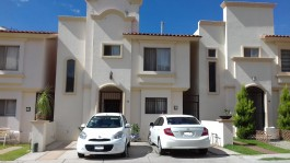 Oportunidad excelente casa en Villa California!! en Tlajomulco de Zúñiga, Jalisco