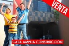 CASA CON 2 ESTACIONAMIENTOS LOMAS VIRREYES TIJUANA en Tijuana, Baja California