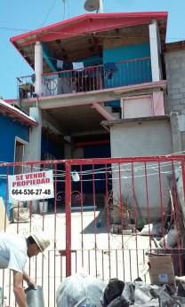 VENDO CASA EN COL. EL TECOLOTE en Tijuana, Baja California