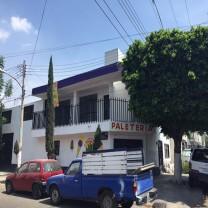 Casa Col. Echeverría/López de Legaspi y 8 de Juli en Guadalajara, Jalisco