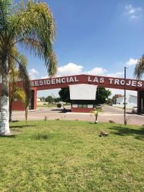 REMATO HERMOSO TERRENO  RESIDENCIAL LAS TROJES en El Pueblito, Querétaro