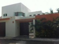 ¡PRECIOSA RESIDENCIA! Amplios jardines, con Hermos en Cancún, Quintana Roo
