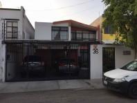 VENTA CASA LOMAS DE QUERETARO, CH-055 en Querétaro, Querétaro
