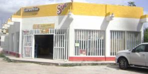 LOCAL COMERCIAL EXCELENTE UBICACION en Benito Juarez, Quintana Roo
