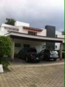Casa en coto dentro de Valle Real excelente precio en Zapopan, Jalisco