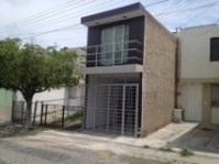 Casa a 3 cuadras de Av Patria en Col Camichines en Tonalá, Jalisco