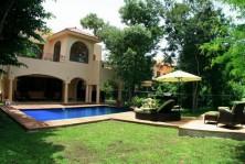 Excepcional y Exclusiva Villa en Venta en Playacar II en Playa del Carmen, Quintana Roo