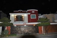 CASA CON EXCELENTE UBICACION EN LA ESTANCIA en ZAPOPAN, Jalisco