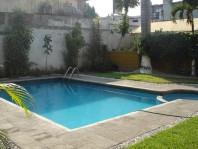 rento amplias recamaras amuebladas en departamento en Cuernavaca, Morelos
