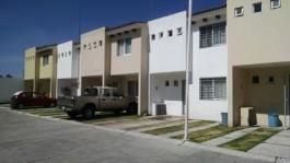 Oportunidad Casa por Mariano Otero y Av Las Torres en Zapopan, Jalisco