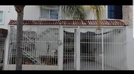 Gran oportunidad, Casa en Venta, muy bien ubicada en Guadalajara, Jalisco