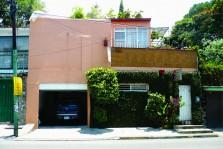sobre Avenida Diana rento casa para negocio en Cuernavaca, Morelos
