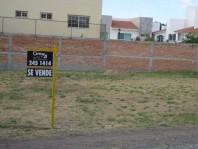 Terreno en Rinconada de los Álamos II en Queretaro, Queretaro