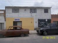 Excelente Casa Con Opción a Negocio Taller Mecánic en Guadalajara, Jalisco