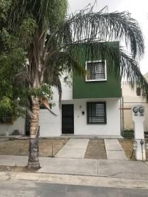 Casa en venta en Fuentes de Santa Lucia, Apodaca, en Ciudad Apodaca, Nuevo León
