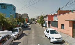 Casa en Col. Guadalupe del Moral, 208 m2 en Iztapalapa, Distrito Federal