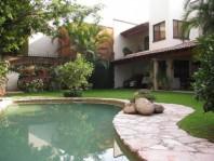 CASA EN PRIVADA EN CUERNAVACA Vista Hermosa Venta en Cuernavaca, Morelos