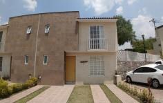 Hermosa casa nueva en fraccionamiento exclusivo en Tlalnepantla de Baz, México