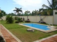 ~Casa de un nivel con jardinzote en Benito Juarez, Quintana Roo