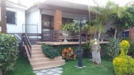 Encantadora casa de un nivel, en condominio. en Cuernavaca, Morelos