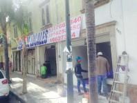 Locales comerciales a un costado del Centro Médico en Guadalajara, Jalisco