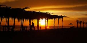 Fovissstes autorizados depa cerca de playa en Acapulco de Juarez, Guerrero