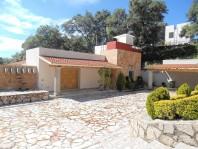 Preciosa Residencia estilo Mexicano-Contemporaneo en Ciudad Adolfo López Mateos, México