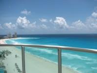 Hermoso condominio frente al mar en BVG Cancun en Cancún, Quintana Roo