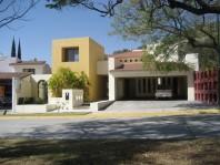 Casa en Venta en El Palomar Secc. Jockey Club, Tla en Tlajomulco de Zuñiga, Jalisco