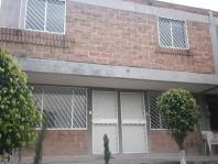 Atizapan, Boulevares El Lago, comoda casa en Nicolas Romero, Mexico