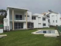 Hermosa y moderna casa en lomas de Cocoyoc !!! en Atlatlahucan, Morelos