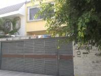 Venta casa Providencia de 4 hab.Cocina nva, Jardin en Guadalajara, Jalisco