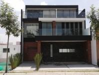 Amplia Casa en Lomas de Angelópolis en San Andrés Cholula, Puebla