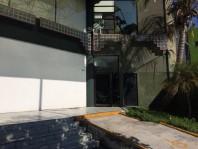 Rento Oficina Por Plaza Eximoda y A.V. Vallarta en Guadalajara, Jalisco