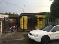 Casa en Jardines de la Paz, cercana a Rio Nilo en Guadalajara, Jalisco
