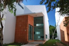 CASA ESTILO MODERNO EN VENTA ZONA PLAYACAR en Playa del Carmen, Quintana Roo