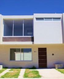 Casa en Fracc. La Moraleja cercana a Campo Real en en Zapopan, Jalisco