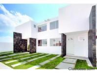 Casa con vista a el Club de Golf Madeiras en Villa Nicolás Romero, México