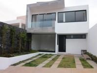 Excelente Casa en Venta Altozano Fracc. Privada de en Morelia, Michoacán de Ocampo