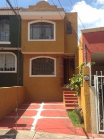 Casa  en Lomas de Dorada  cercana  Lazaro Cardenas en Tonalá, Jalisco