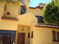 Preciosa casa en VENTA, remodelada, en cerrada en Tijuana, Baja California