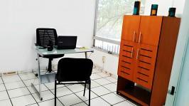 SE RENTA OFICINAS O CONSULTORIOS POR LA COL. ARCOS en Guadalajara, Jalisco