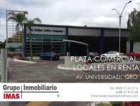 Locales en renta Plaza Comercial