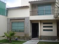 Hermosa Casa en Metepec a 3 min de Chedraui en Metepec, México